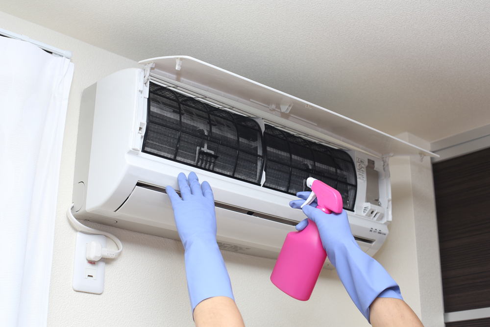 cleaning indoor air filter